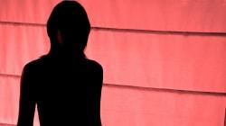 A Vicenza insegnante di inglese sospeso perché sospettato di essere un transessuale che si prostituisce su siti per