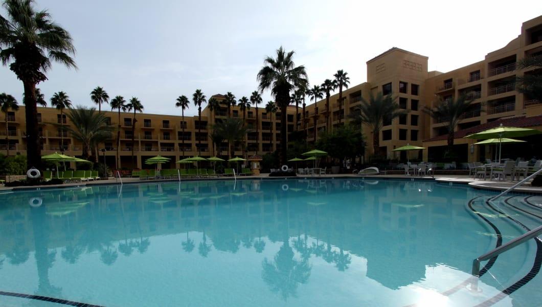 Top 5 Hotel Pools In Palm Springs