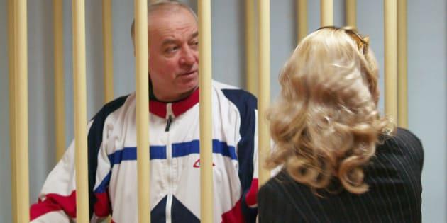 L'ex spia russa Sergei Skripal durante un'udienza alla Corte distrettuale di Mosca (6 agosto 2006)