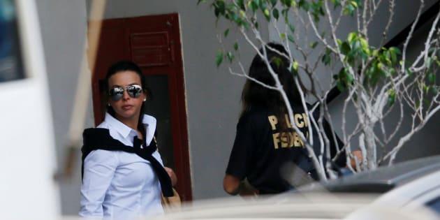 Adriana Ancelmo chega à sede da Polícia Federal para testemunhar.
