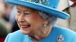 All'asta i giocattoli preferiti della regina Elisabetta. Ma c'è chi li definisce