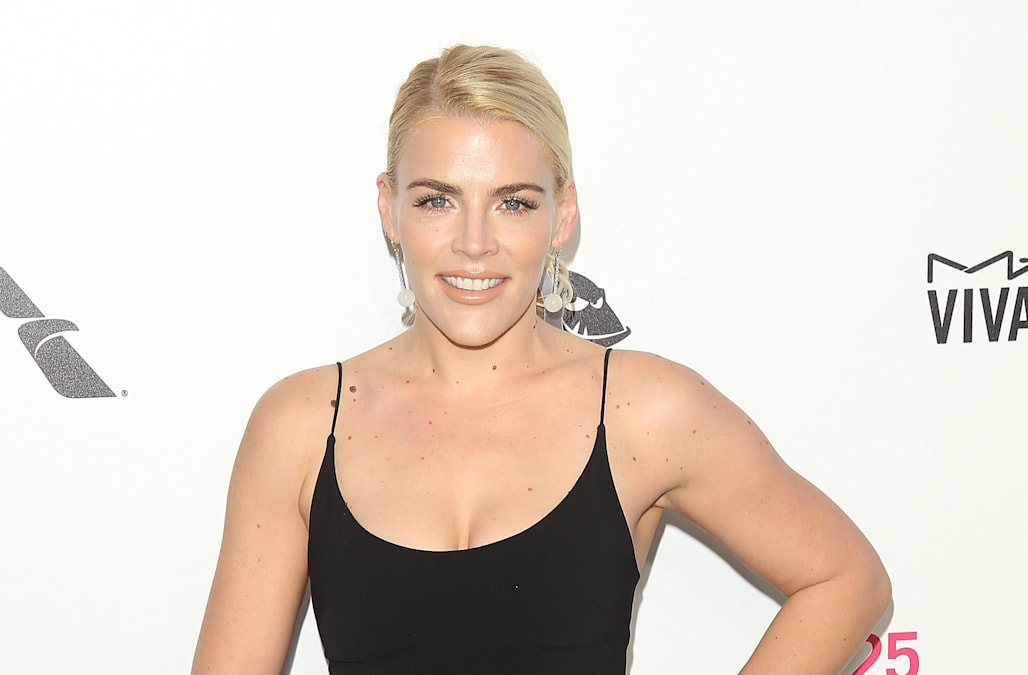 busy philipps getting her own late night talk show at e aol entertainment. Black Bedroom Furniture Sets. Home Design Ideas