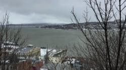 Québec: le fleuve déborde et complique les
