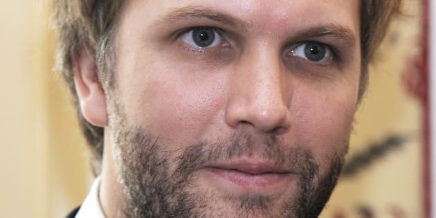 L'auteur roman et de pièce de théâtre Florian Zeller.