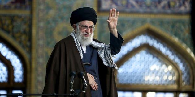 L'Ayatollah Ali Khamenei célèbre Noruz, le nouvel an iranien, le 21 mars 2018 à Mashhad, en Iran.