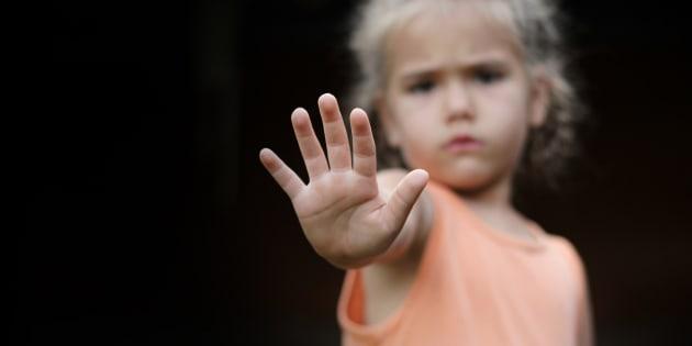 ¿Qué pensar de los adultos en guerra contra los niños?