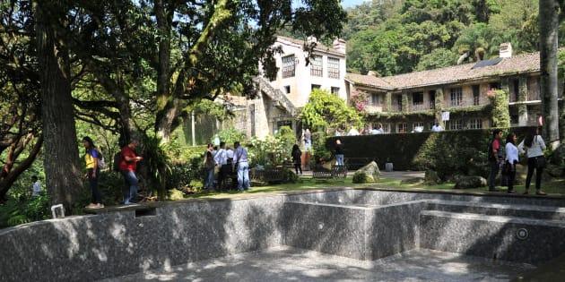 Miguel Ángel Yunes, gobernador de Veracruz, realizó la entrega al INECOL y CONACYT como comodato el Rancho El Faunito, la que presuntamente seria la casa de retiro del ex gobernador Javier Duarte.