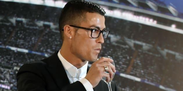 Cristiano Ronaldo, Radamel Falcao, Jose Mourinho épinglés par les FootballLeaks pour un gigantesque système d'évasion fiscale