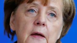 Merkel obtient une coalition fragile pour gouverner