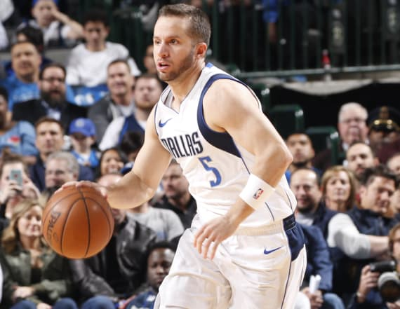 John Wall called J.J. Barea 'a little midget'
