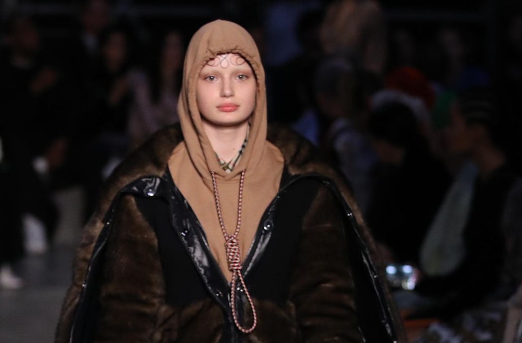 661c6a14392 Burberry  deeply sorry  for sending model wearing noose down runway ...