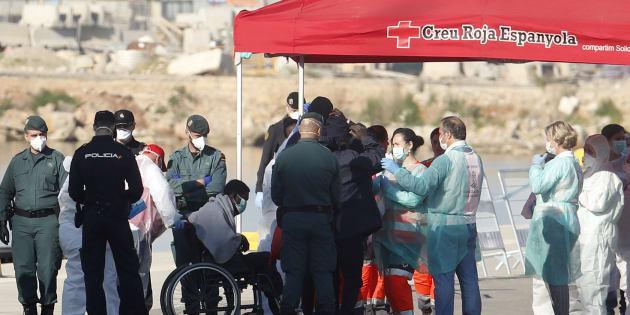 Aquarius: Comment se passe la prise en charge des migrants arrivés à Valence