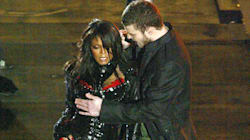 Twitter Is Outraged Over The Justin Timberlake Super Bowl 'Double