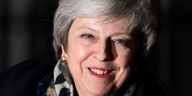 Theresa May a remporté ce mercredi 12 décembre un vote crucial quant à son avenir proche au sein du parti conservateur britannique.