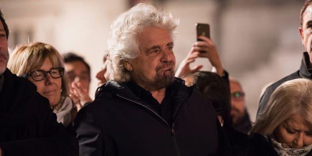 """Beppe Grillo attacca i fuoriusciti da M5S: """"Offro il do"""