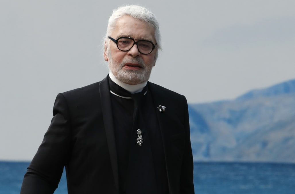 0c98d7913056 Haute-couture designer Karl Lagerfeld has died - Chanel source - AOL ...