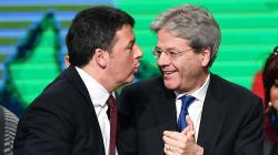Il doppio binario sullo ius soli. Gentiloni non vuole innescare la miccia che faccia saltare la manovra, ma Renzi