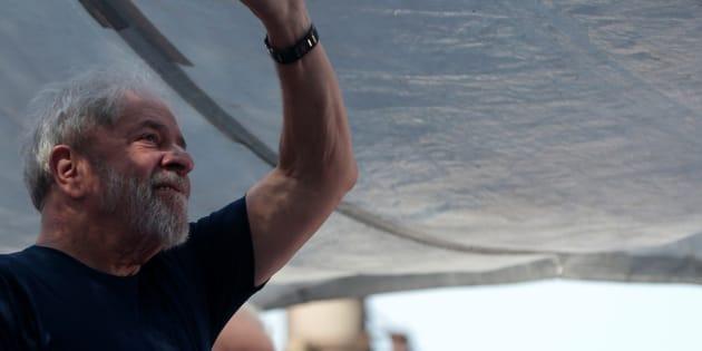 O ex-presidente Lula participa de ato em São Bernardo do Campo (SP) antes de ser preso, em abril.