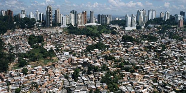 Vista de una 'favela' en Sao Paulo (Brasil).
