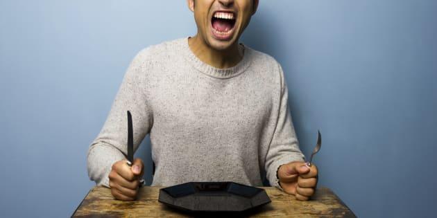 Quando ficamos sem comer, nossos níveis de glicose ficam baixos etendemos a ficar emocionalmente sensíveis.