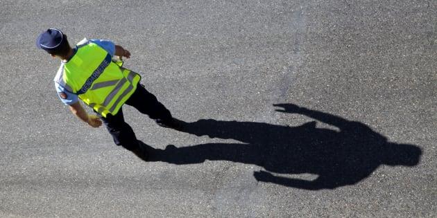Policier français, en Ardèche.