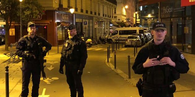 Attaque au couteau à Paris: L'assaillant né en Tchétchénie, ses parents placés en garde à vue