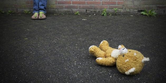 Thrown away Teddy bear