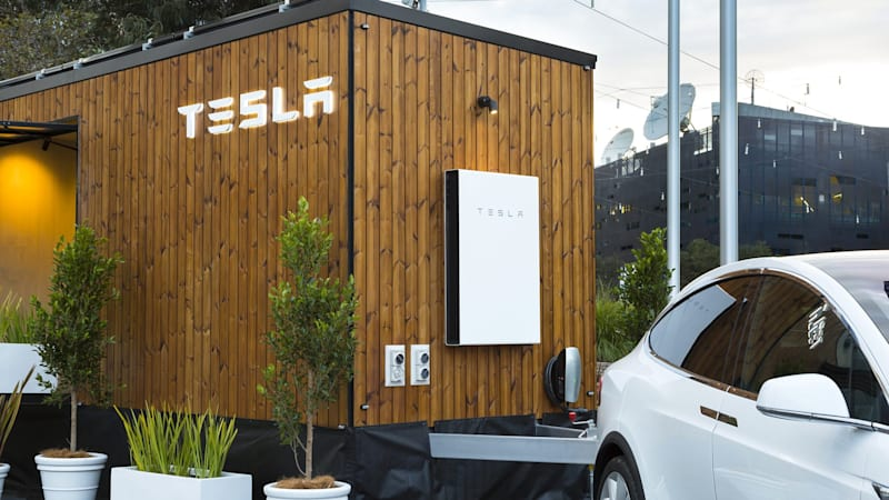 "Short Circuit: Green news roundup | Formula E support series, Tesla ""tiny house"""
