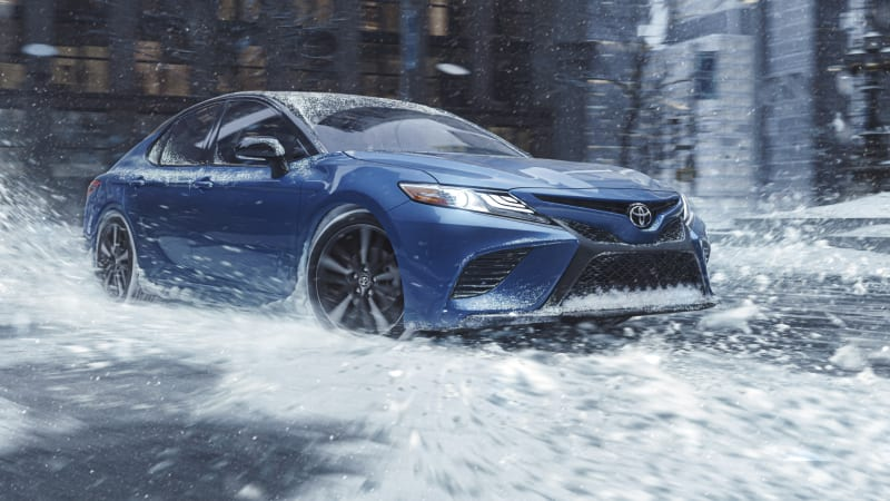 Toyota blesses Camry and Avalon with AWD