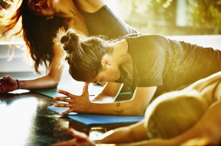 Les bienfaits du yoga sur votre corps: comment cette discipline le transforme dès le premier jour