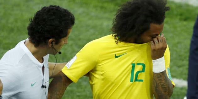 Marcelo deixou o campo chorando contra a Sérvia e é dúvida para pegar o México.