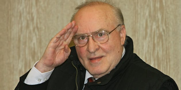 Holocaust denier Ernst Zuendel arrives for the re-opening of his trial for propagating Nazi ideology in 2006 in Mannheim, Germany.