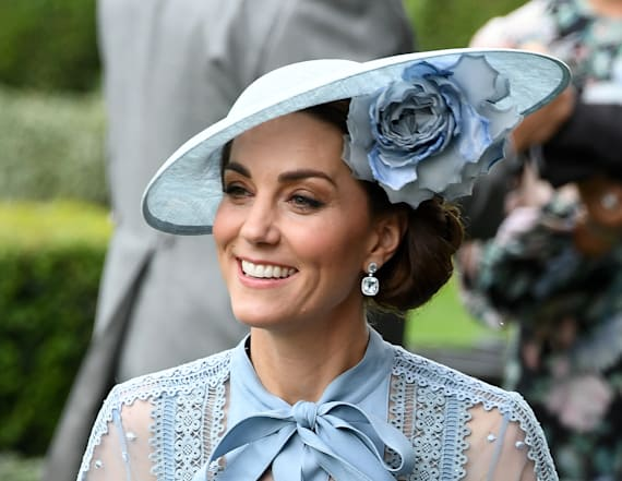 Kate Middleton dazzles in blue at Royal Ascot