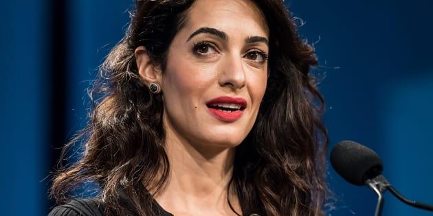 """Amal Clooney lors d'une conférence pour les femmes (""""Conference for Women"""") organisée à Philadelphie, en octobre 2018."""