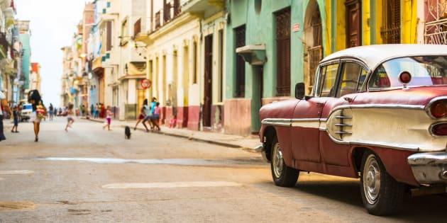 La Havane surprend d'abord par ses couleurs.