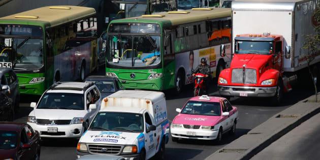Automóviles, camiones y transporte público: así un día cotidiano del tránsito vehicular en Ciudad de México.