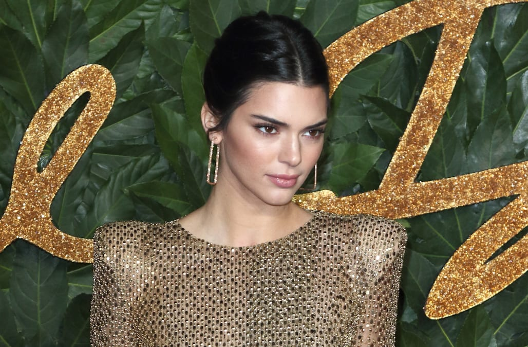 ab79da2dba Kendall Jenner admits to being insecure about her  debilitating  acne in  lengthy post