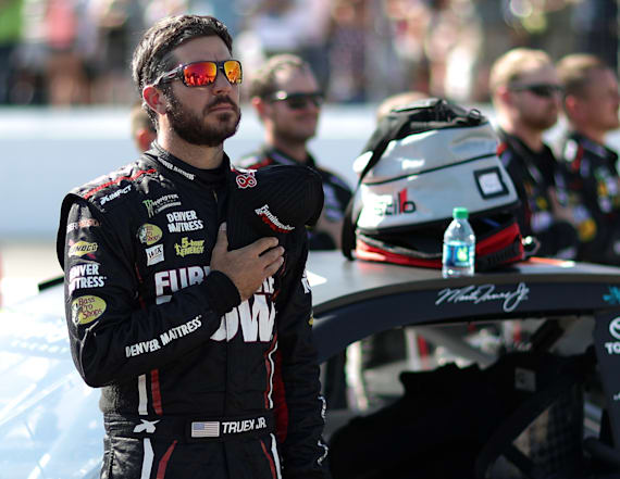 NASCAR: Fire drivers who protest national anthem