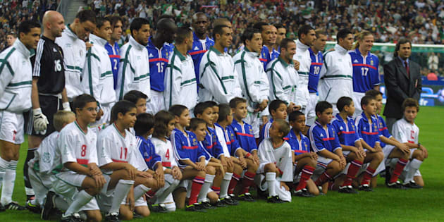 Photo de groupe France-Algérie en octobre 2001