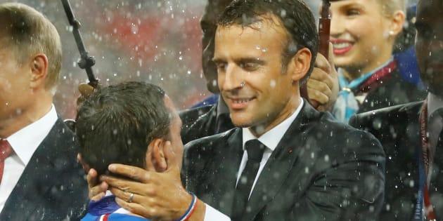 La coupe du monde dope le moral des Français, pas l'image de Macron, selon un sondage Odoxa réalisé après la victoire des Bleus.