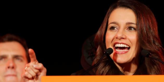 Qui est Inès Arrimadas, leader de Ciudadanos, le parti qui a remporté le plus de voix lors des élections en Catalogne