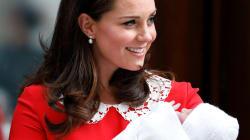 La robe rouge de Kate Middleton à la sortie de la maternité n'avait rien