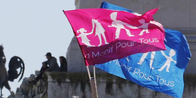"""La Manif pour tous appelle à s'opposer à Macron, """"candidat ouvertement anti-famille"""""""