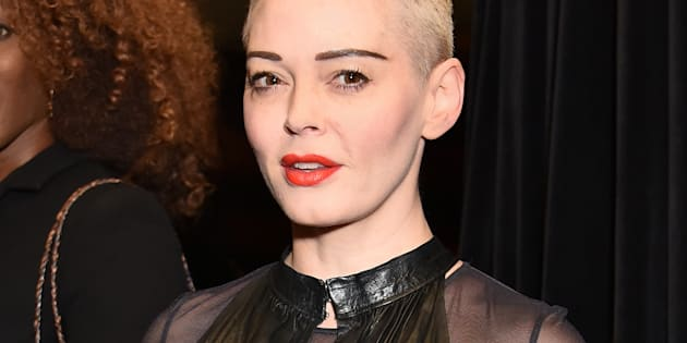 Rose McGowan lors d'un vernissage à Londres le 4 octobre 2018.