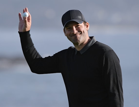 Former quarterback Tony Romo takes home golf title