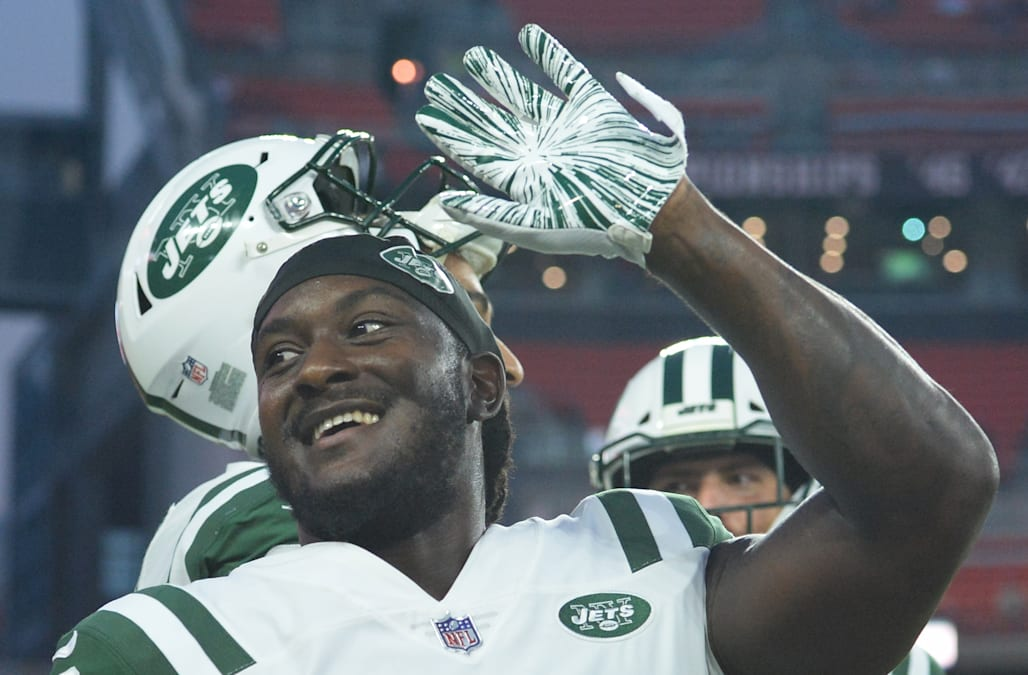 dff72e17ff9f Isaiah Crowell picks up fine