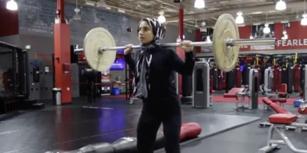 Saman Munir, who has a big following online for both her hijab beauty tutorials and her workout videos, is a brand ambassador for both UFC Gym Mississauga and Under Armour.