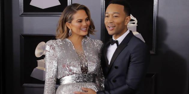 On connait le sexe du bébé de Chrissy Teigen et John Legend