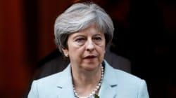 Brexit, l'Europa si prepara anche al fallimento dei negoziati. Theresa May in difficoltà: un'ala dei Tories la vuole