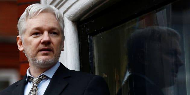 Pourquoi Julian Assange est accusé d'être pro-russe  (et comment il en est arrivé là)